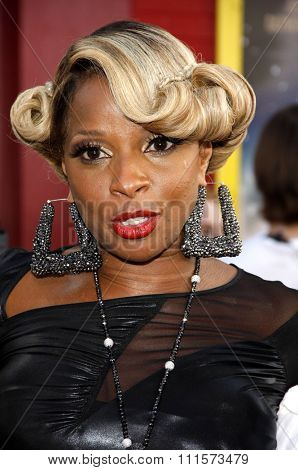 HOLLYWOOD, CA - JUNE 08, 2012: Mary J. Blige at the Los Angeles premiere of 'Rock of Ages' held at the Grauman's Chinese Theatre in Hollywood, USA on June 8, 2012.