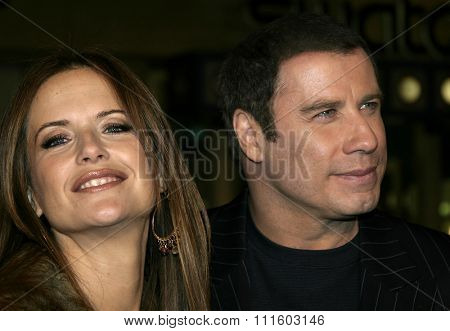 02/14/2005 - Hollywood - John Travolta ja Kelly Preston at the 'Be Cool' Premiere held at at Grauman's Chinese Theater in Hollywood, USA.