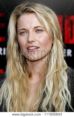 10/08/2006 - Buena Park - Lucy Lawless attends the World Premiere of