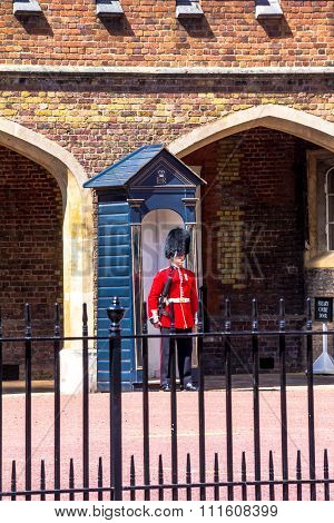 British Guardsman On Duty Near St.  James Palace In The Mall, London.  England, Uk