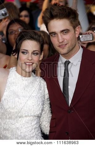 Robert Pattinson and Kristen Stewart at