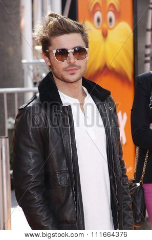 HOLLYWOOD, USA - Zac Efron at the Los Angeles Premiere of