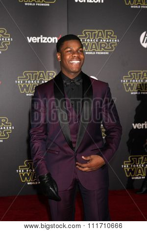 LOS ANGELES - DEC 14:  John Boyega at the Star Wars: The Force Awakens World Premiere at the Hollywood & Highland on December 14, 2015 in Los Angeles, CA