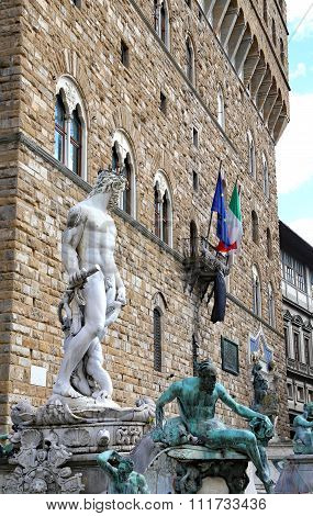 Fountain Of Neptune In Florence And Palazzo Vecchio