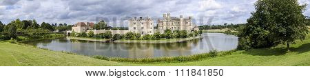 Leeds Castle Panorama