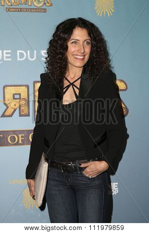 LOS ANGELES - DEC 09:  Lisa Edelstein at the Cirque Du Soleil's