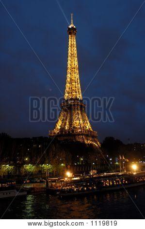 Eiffelturm. Paris. Frankreich