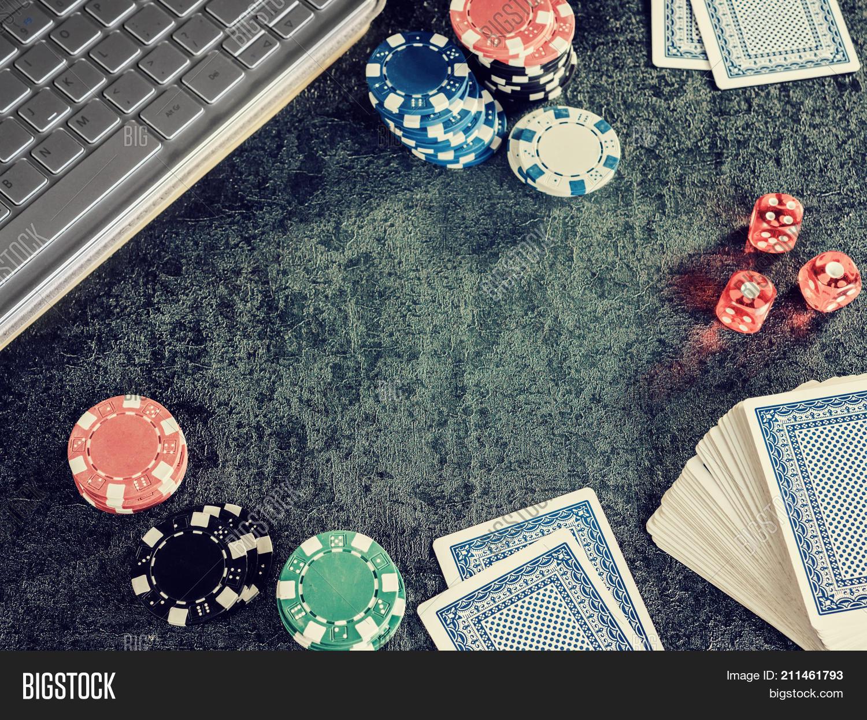 online casino no deposit bonus free spins australia 2019