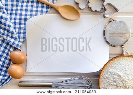 Recipe blank utensil note utensils table red