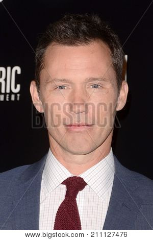 LOS ANGELES - OCT 24:  Jeffrey Donovan at the