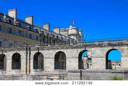 The Vincennes castle was at the heart of the French monarchy until 1682 when Louis XIV chose to settle in Versailles.The keep was used as a prison: Fouquet, Marquis de Sade and Mirabeau were held here poster