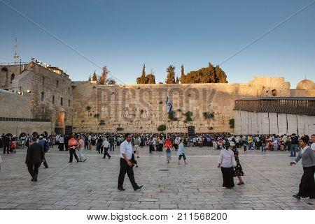 Lot Of People Pray At Western Wall In Jerusalem, Israel