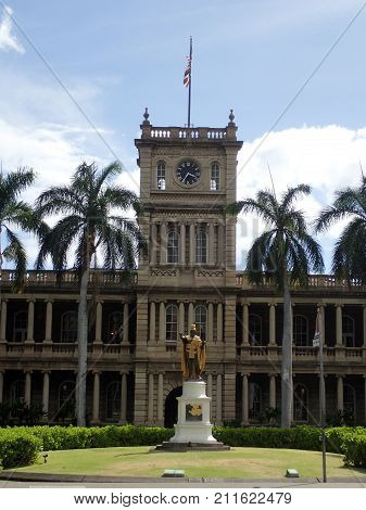Statue of King Kamehameha in downtown Honolulu Hawaii. statue stands prominently in front of Aliʻiolani Hale in Honolulu Hawaii. The statue had its origins in 1878 when Walter M. Gibson a member of the Hawaiian government at the time wanted to commemorate