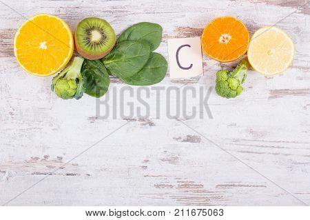 Fruits And Vegetables Containing Vitamin C, Fiber And Minerals, Strengthening Immunity And Healthy E