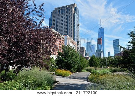 Hudson River Park. Hudson River Park is a waterside park on the North River (Hudson River) in New York City.