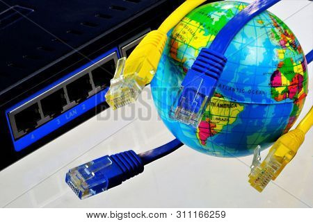 Global Internet Connection, World Wide Web, Computer Computing. Global Computer Information Network