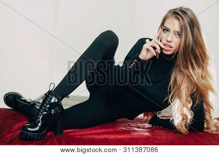 Pleasant Conversation Sexy Girl. Girl Fashionable Flexible With Make Up Skinny Leg Relaxing Talking