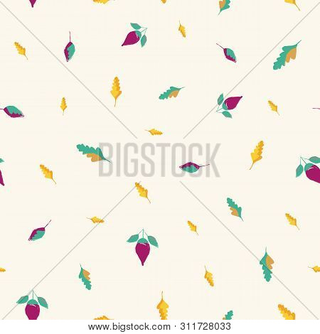 Beautiful Hand Drawn Flowers And Leaves In Gold, Blue And Purple. Seamless Vector Pattern On Cream B