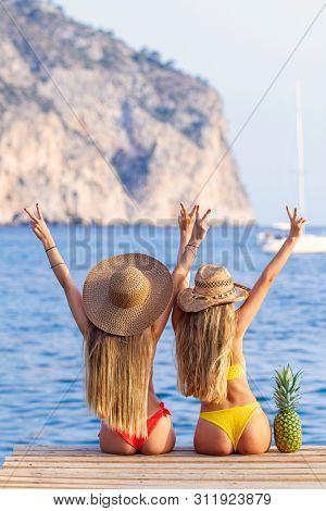 young women friends on vacation