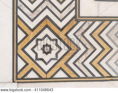 Agra, India - March, 26, 2019: Close Up Of Decorations Of Semi Precious Stone Inlaid On The Taj Maha