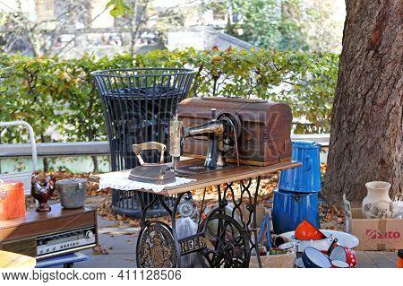 Ljubljana, Slovenia - October 12, 2014:  Old Singer Sawing Machine At Antique Market In Ljubljana, S