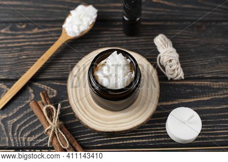 Basic Set For Home-made Natural White Eco Soy Wax Candles In Glass, Wick, Perfume. Idea For A Hobby,