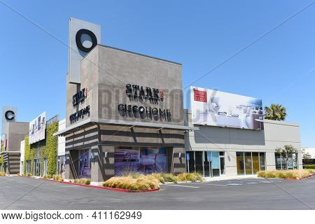 COSTA MESA, CALIFORNIA - 23 APRIL 2020: Stark Home Carpet Store at the South Coast Collection - The OC Mix, an upscale shopping mall.