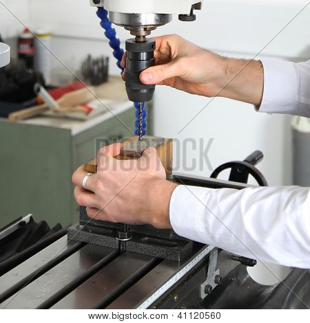 Work On A Milling Machine