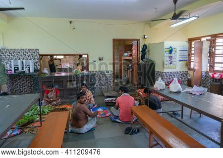 Howrah,west Bengal,india- 22nd April 2019 : Engineering Hostel Kichen For Students At One Of The Hos