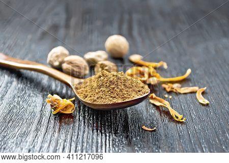 Nutmeg Round In Spoon On A Board