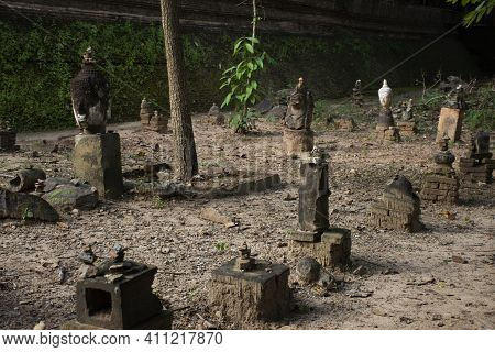 Wat U Mong Or Wat Umong Suan Puthatham Is 700 Year Old Buddhist Temple For Thai People And Foreign T