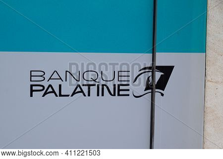 Bordeaux , Aquitaine France - 03 03 2021 : Banque Palatine Logo Text And Sign Brand Of French Bank F