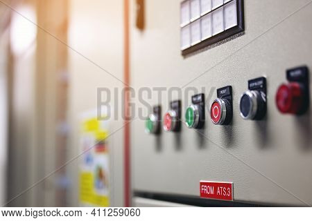 Switch Control Panel With Many Bottom In Factory For Breaker Power Off -on Current