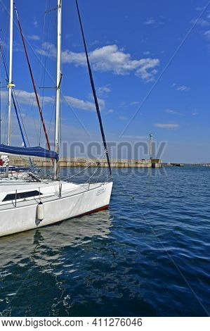 Ukraine, Odessa 07/28/2020. Boat Trip On A Sailing Yacht Along The Coast Of Odessa.