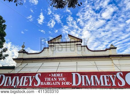 Childers, Australia - February 28, 2021: Former Ellwood & Co Drapery Shop, Built In 1907, In The Pic