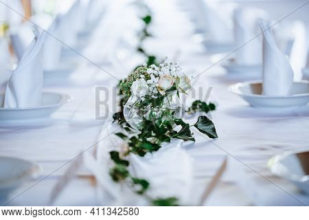 Luxury Wedding Place Setting With Kind Of A Flowers, Wed Concept
