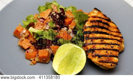 Grilled And Roasted Fish With Lemon And Grey Background, Tasty And Delicious Fish, Seafood, Lemon,sa