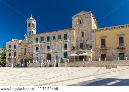 Old town in Ruvo di Puglia, Puglia, Italy