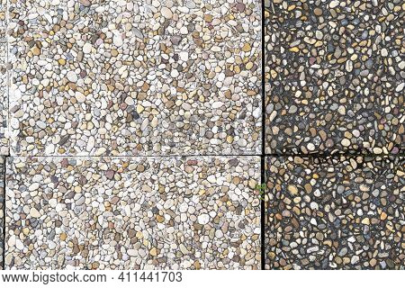 Pebble Stone In Outdoor Tiles With Geometric Shapes