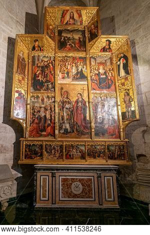 View Of The Chapel Of San Dionisio And Santa Margarita In The Valencia Cathedral