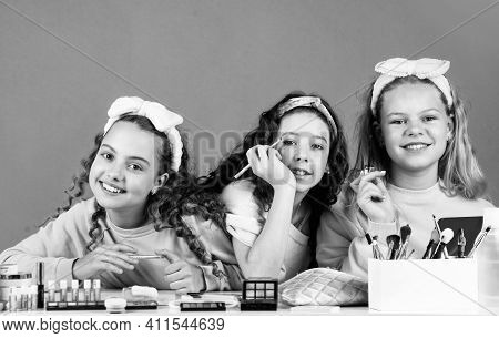 Smiling Girls Friends Have Fun On Spa Beauty Salon Party. Beauty Portrait Of Three Children With Nat