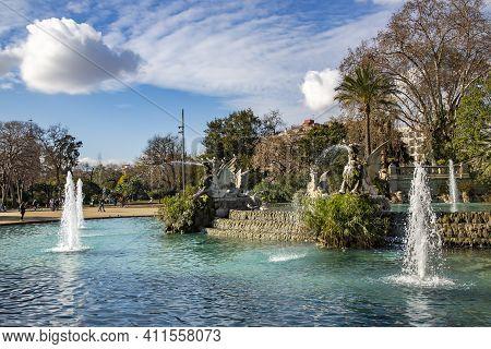 Spain, Barcelona, September, 2020 - Cascade Fountain And Monument In Citadel Park Or Ciutadella Parc