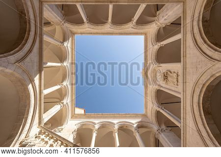 Dubrovnik, Croatia - Aug 22, 2020: Upward View Of Atrium Inside Rectors Palace In Old Town