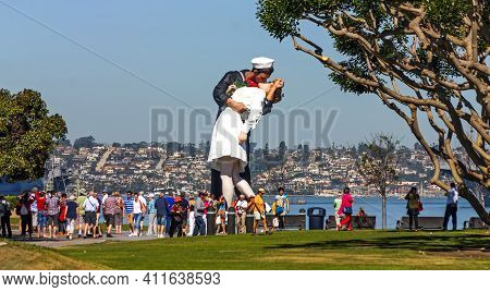 San Diego,ca - May 2,2014: Unconditional Surrender Sculpture At Sea Port In San Diego,california,uni