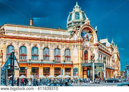 Prague,czech Republic- September 13, 2015: Municipal House ( Smetana Hall)- A  Celebrate Concert Ven