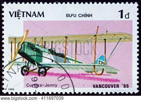 Vietnam - Circa 1986: A Stamp Printed In Vietnam Shows Curtiss Jenny, Biplane Built By Curtiss Aerop