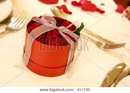 Boxed Red Roses 3