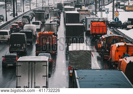 Moscow, Russia - January 28 2021: Traffic Jam On The Moscow Ring Road. Back View. In The Opposite Di