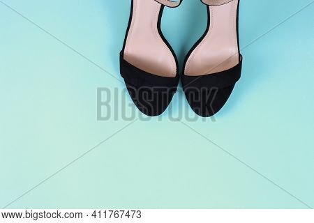Sexy Women Black Sandals With High-heeled Stilettos On A Tiffany Background. Flat Lay With Copy Spac