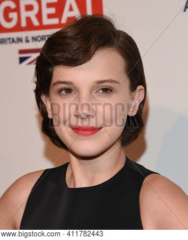 LOS ANGELES - JAN 07:  Millie Bobby Brown arrives for  2017 BAFTA Tea Party on January 07, 2017 in Beverly Hills, CA